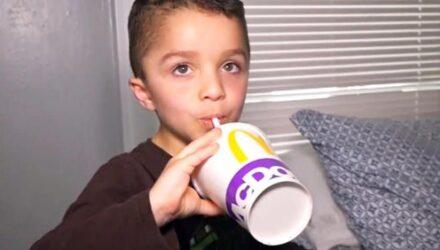 Проголодавшийся мальчик обратился в службу спасения за помощью