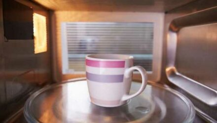 Интернет увлекся новым соревнованием «Микроволновка челлендж»!