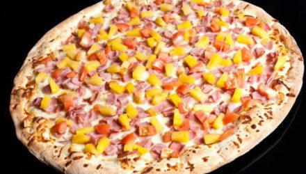 Любители пиццы спорят, можно ли класть на неё арбуз