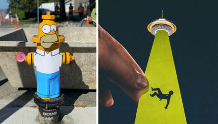 Художник использует вырезанные картинки, чтобы сделать родной город интереснее
