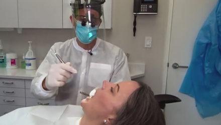 Дантисты столкнулись с деликатной проблемой пациентов, вызванной ношением масок