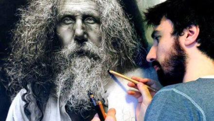 С помощью карандашей художник рисует портреты, от которых захватывает дух
